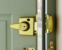 Double locking nightlatches