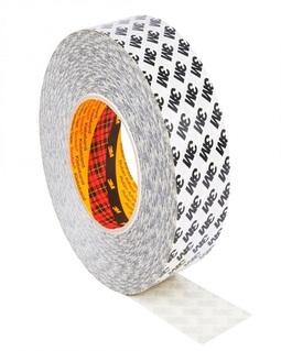 Kétoldalas ragasztószalag:  akril ragasztó/papírflíz hordozó 3M 9086 vékony kétoldalas ragasztószalag