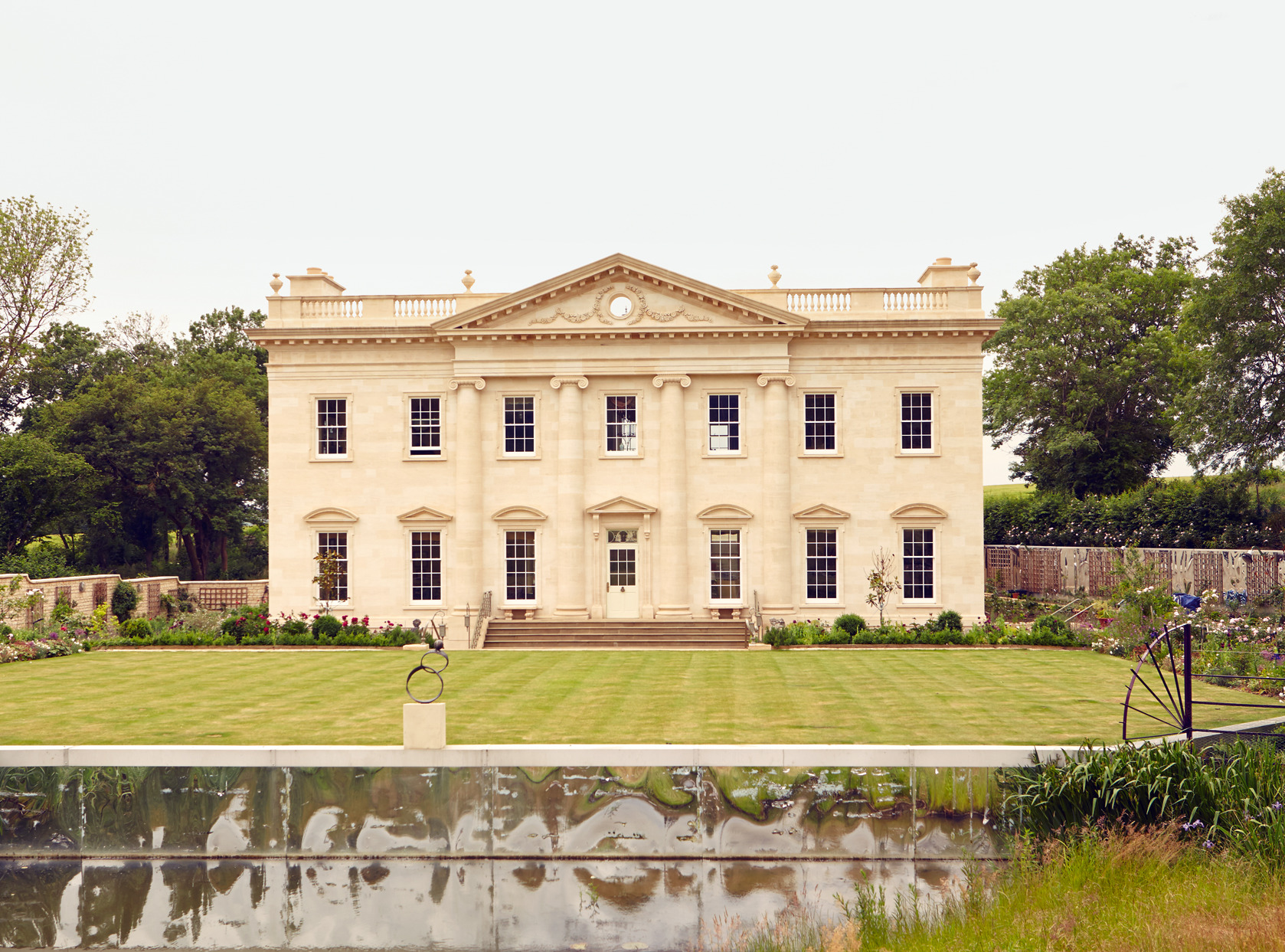 A masterclass in modern manors | How To Spend It Modern Palladian Architecture