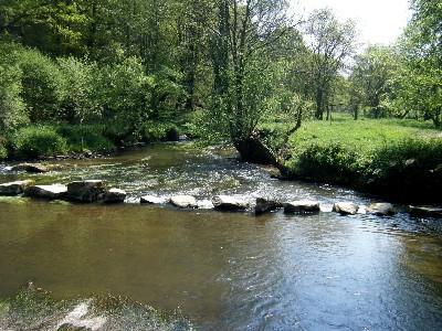 La Belle Maison, a short walk to the River Lie