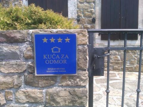 Villa Klarici Official Tourist Plaque  Book Direct With Owner