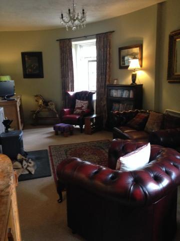 Semi circular lounge
