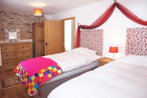 4 spacious bedrooms in the Corn Barn - luxury holiday cottage in Cornwall