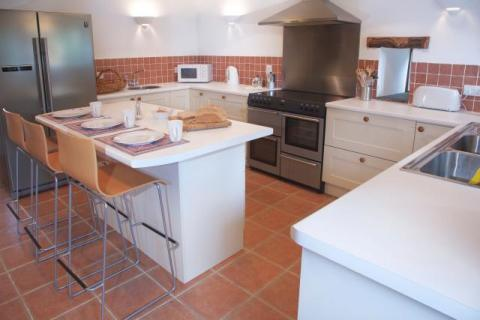 Modern well equipped kitchen - essential fora a luxury holiday cottage in Cornwall