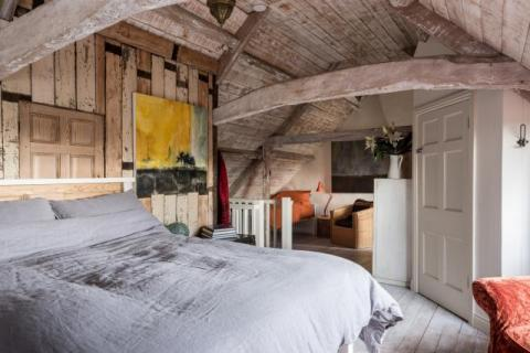 Godney Arts House attic bedroom