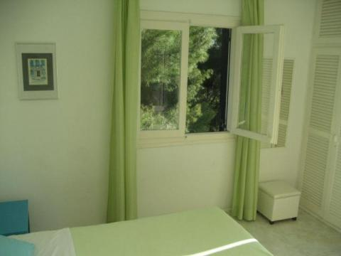 Villa Maestrali Green Bedroom with South-West Terrace Access and Sea View