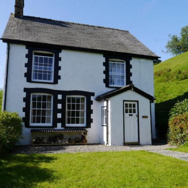 Self catering holiday cottage in Llanarmon North Wales