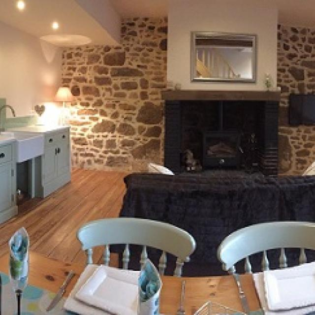 Papillons Holiday Cottage for Two in Normandy | Gites Le Bisson