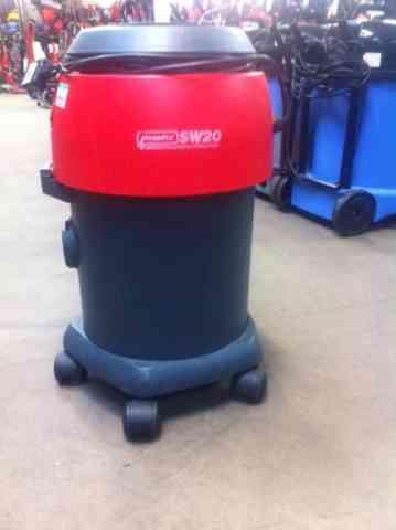 Cleanfix SW20 Wet & Dry Vacuum