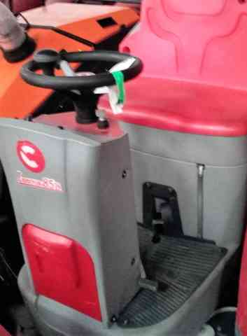 Comac Innova 85 B Ride on Scrubber Dryer