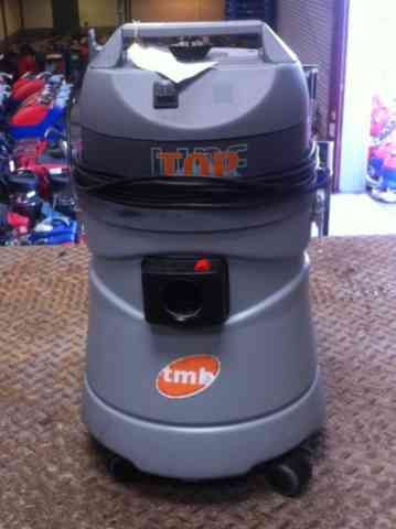 TMB TOP P25 Wet & Dry Vacuum Cleaner
