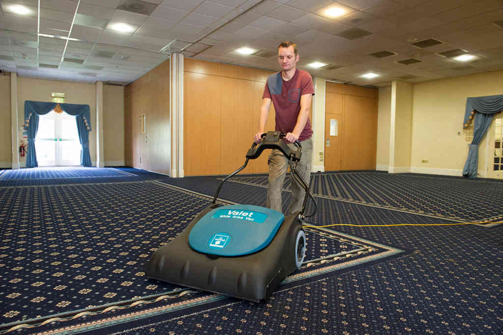 Valet Wide Area Vac In Use