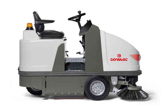 Comac CS 90 Ride On Sweeper