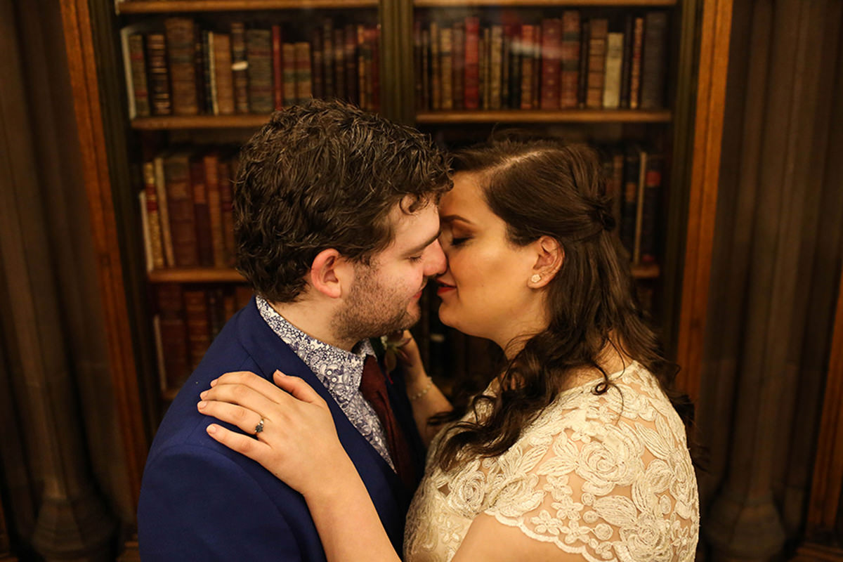 Manchester wedding photographers John Rylands Library wedding photography