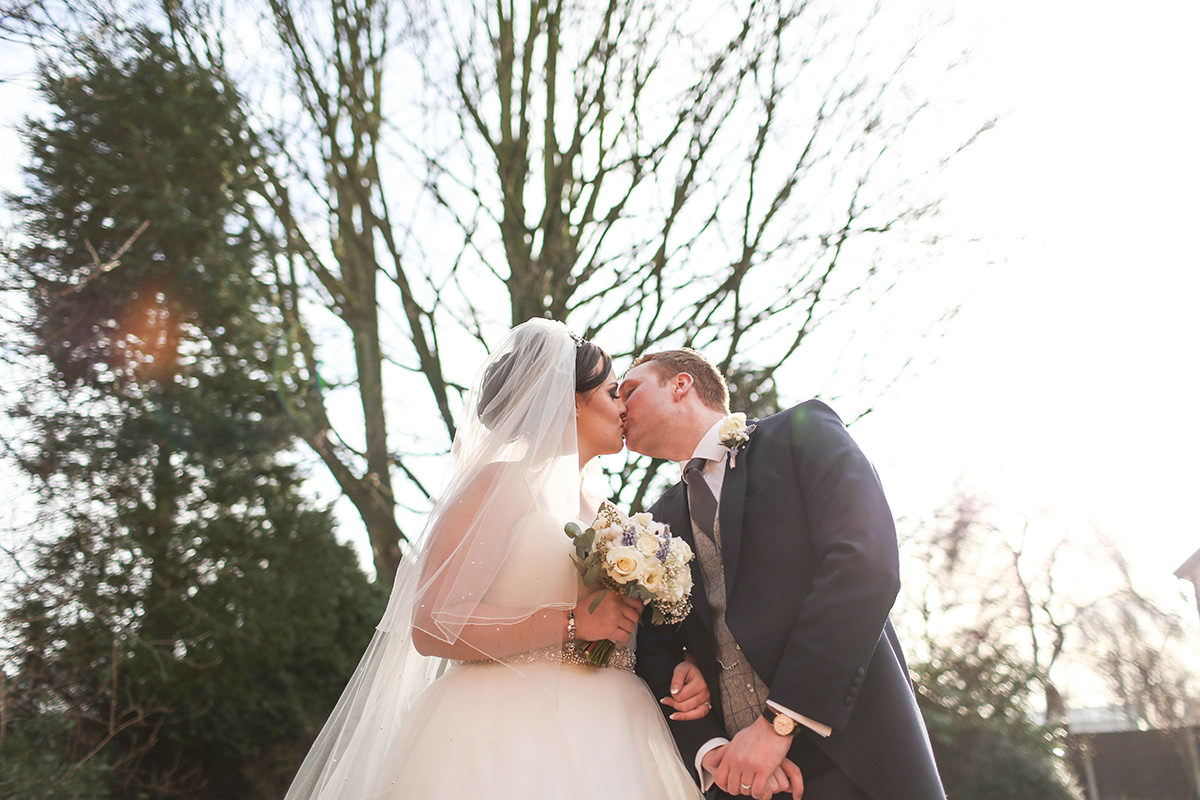 Kiss, Wedding Photographer Manchester and Cheshire, Cottons Hotel Wedding Photography