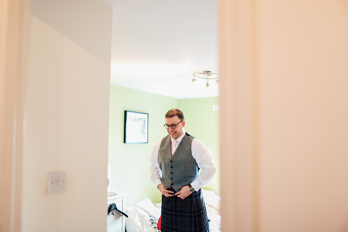 Wedding Photographer Glasgow and Scotland