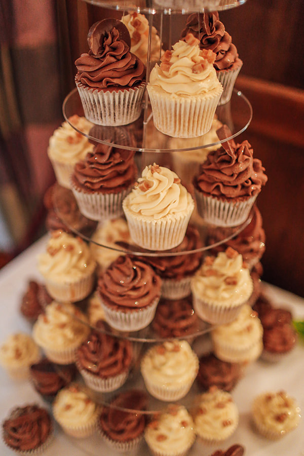 Cupcake Manchester Wedding Photography