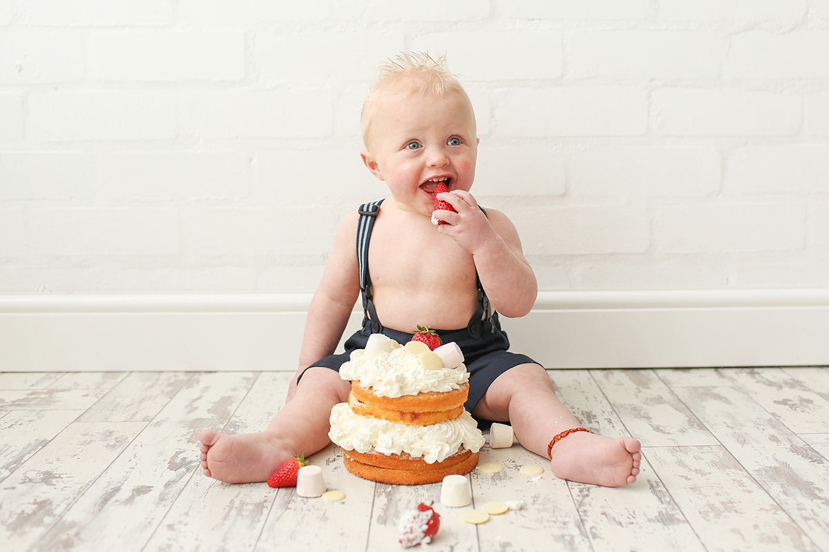 Cheshire Cake Smash Photography