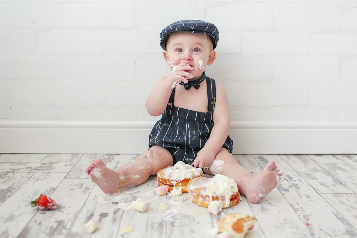 Flat cap Cheshire Cake Smash Photography