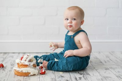 Stockport Cake Smash Photography