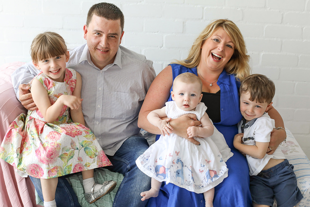 family photographer manchester, mothers day photo shoot, fun photography, stockport natural photography