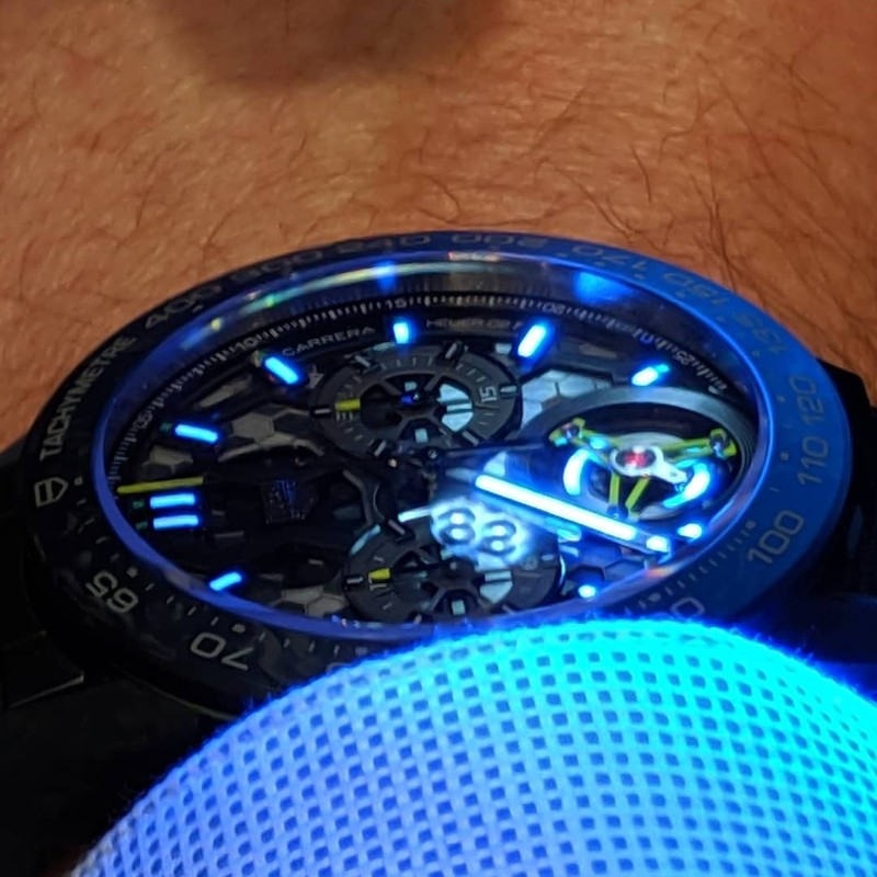 """Tag Heuer 02T Glowing"""