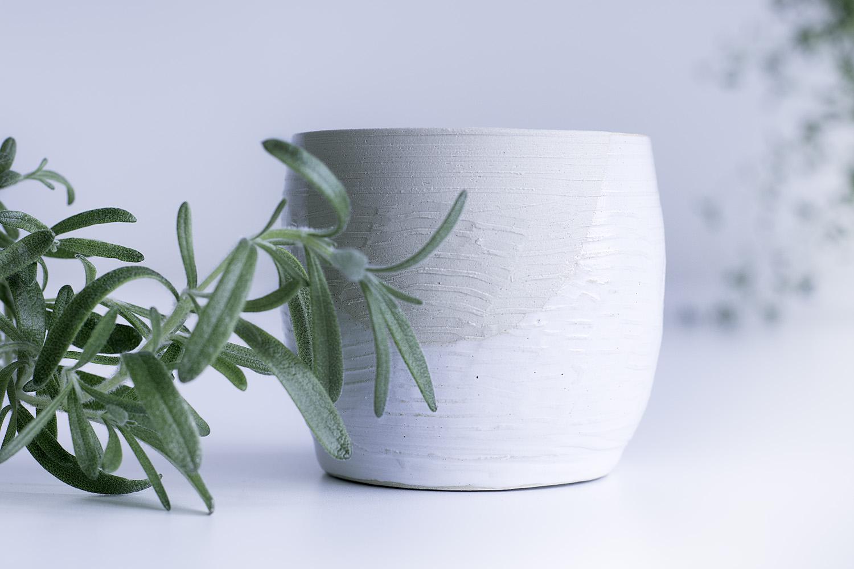 Master Cl Workshop: PLANTER POT | Iittala & Arabia Design Centre on pots and slaves, landscape planters, pots and fountains, pots and dishes, pots and pottery, pots and benches, pots and pools, pots and baskets, pots and bowls, large planters, cement planters, pots and jars, pots and trees, indoor planters, pots and vases, pots and plates, pots and urns, modern planters,