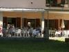 terrasje voor de kantine, met heerlijke cafe latte of cappuchino