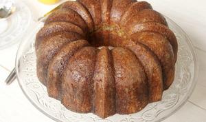 Bundt cake très citron et graines de pavot