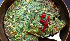 Omelette aux herbes pour le nouvel an perse
