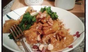 Filet mignon de porc au curry coco ananas , noix, noisettes,cajou et amandes grillées.