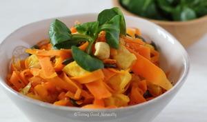 Carottes à l'orange, noix de cajou et graines de courges
