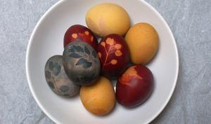 Œufs de Pâques à teinture végétale