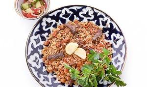 Plov, riz sauté aux légumes et à la viande