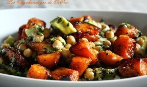 Salade pois chiches, patate douce, avocat, vinaigrette aux fruits de la passion