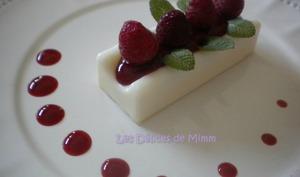 Panna cotta vanille, framboises et menthe