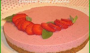 Bavarois aux fraises sans cuisson sur speculoos.