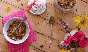 Granola aux graines et au noix