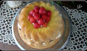 layer cake gourmand à la confiture et à la chantilly mascarpone