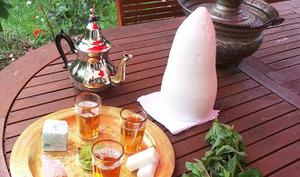 Thé à la menthe traditionnel marocain