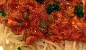 Spaghetti au thon et aubergines, arôme citron