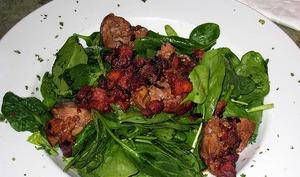 Salade frisée aux foies de volaille