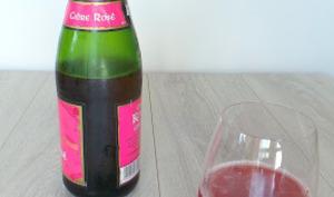 Cocktail au cidre rosé et à la fraise