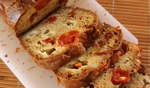 Cake salé aux tomates cerises et fromage frais