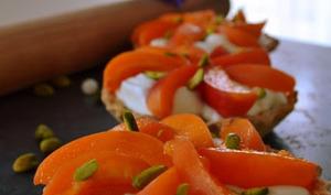 Tartelettes aux abricots et sa frangipane de pistaches