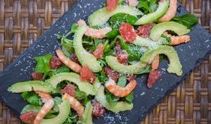 Salade crevettes, avocat et pamplemousse