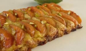 Tarte fine aux abricots et crème à la pistache