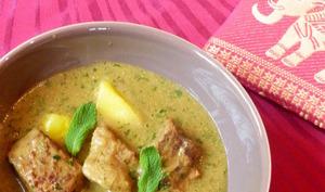 Curry de boeuf, menthe, galanga et citronnelle