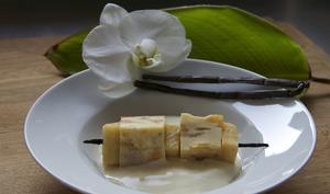 Brochette de clafoutis aux pommes et nuageuse crème anglaise à la vanille