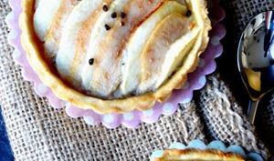 Tartelettes amandines pommes-poires à la cardamome